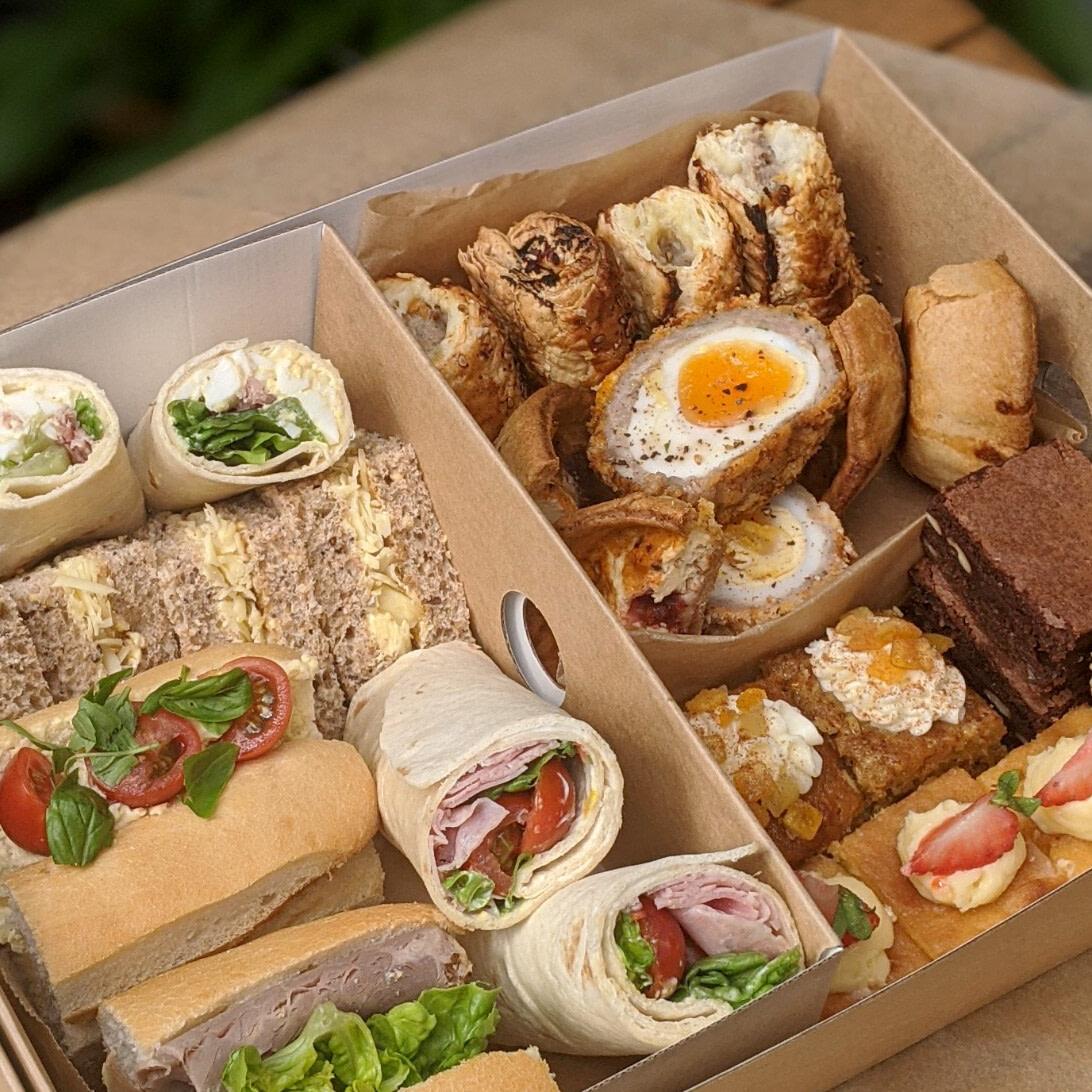 talor kingsley catering Occasions box uai